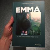 Gæsteindlæg: Anmeldelse af Emma – et pigeliv med Aspergerssyndrom